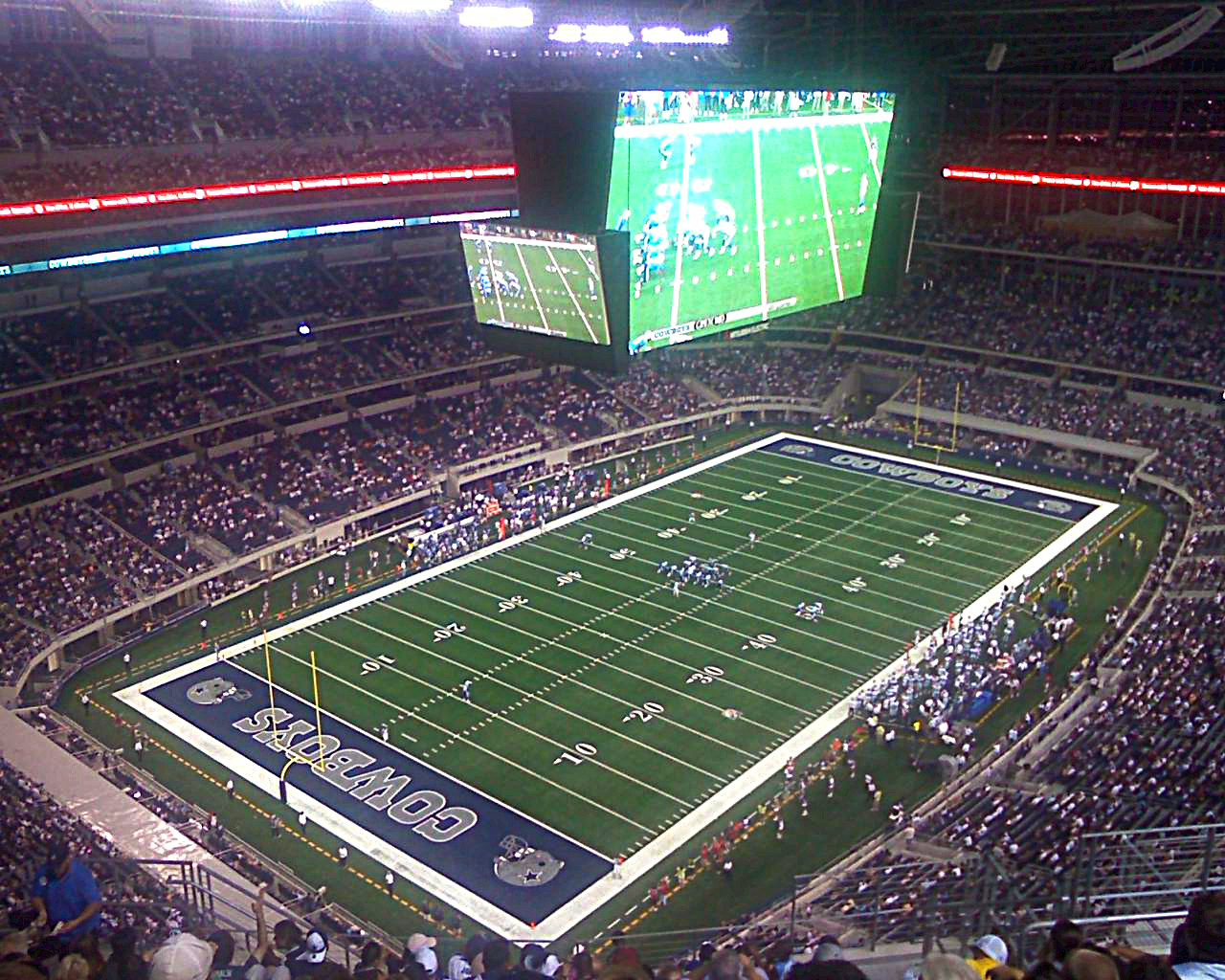 Dallas Cowboys Stadium A Big House But Not Yet Home The