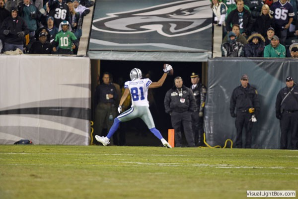 Dallas Cowboys Laurent Robinson - Spike for cancer victim - The Boys Are Back blog