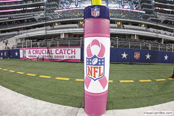 b8688715b The Dallas Cowboys and Detroit Lions promote Breast Cancer Awareness ...