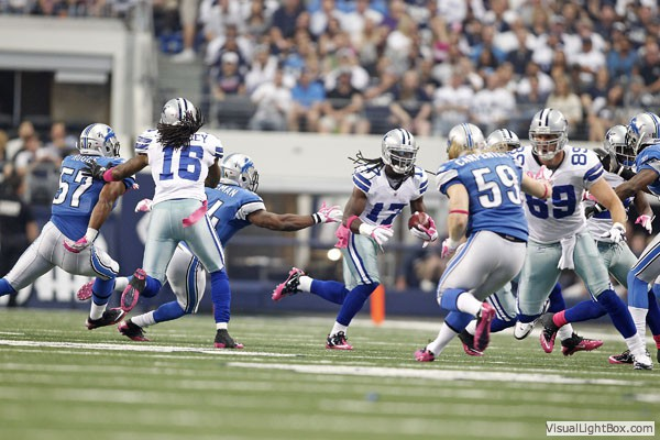 Former Dallas Cowboy Bobby Carpenter started for the Detroit Lions today