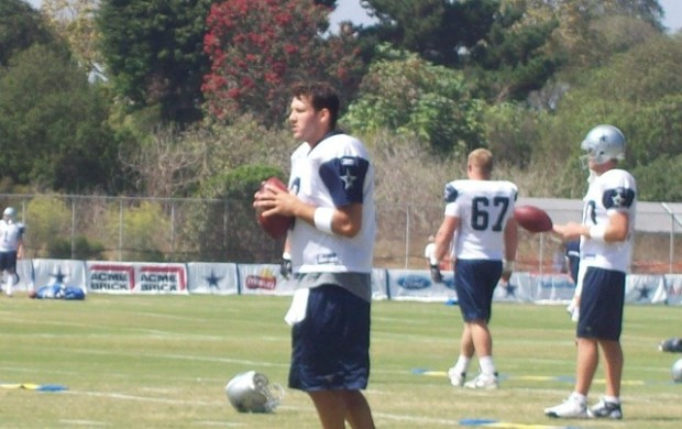 PRACTICE MAKES PERFECT - Tony Romo planning more offseason work with offensive players - The Boys Are Back blog 2012