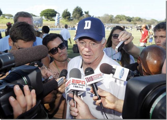 Dallas Cowboys owner Jerry Jones talks to the media - The Boys Are Back blog