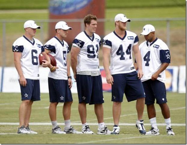 e311385e7 HIGH POINTS  Dallas Cowboys K Dan Bailey likes the grass in California
