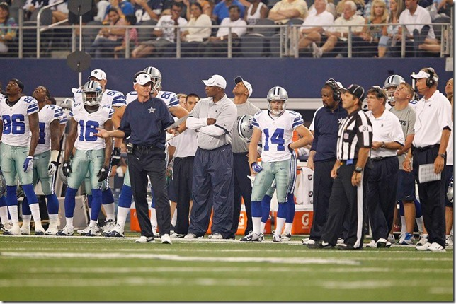 Dallas Cowboys vs St Louis Rams sideline with Jason Garrett - The Boys Are Back blog
