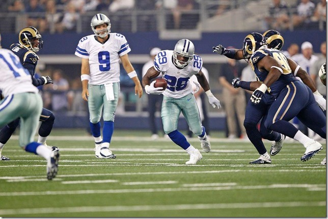 Dallas Cowboys vs St Louis Rams - Tony Romo watches DeMarco Murray run - The Boys Are Back blog