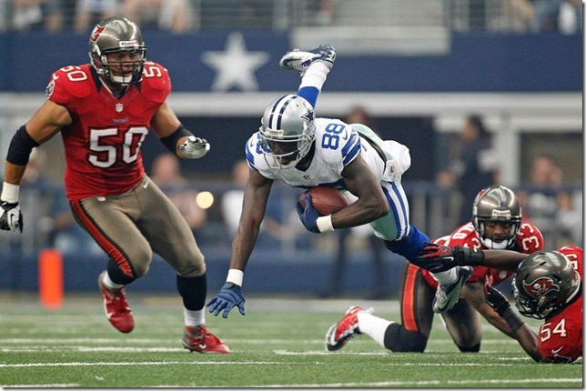 The Dallas Cowboys vs Tampa Bay Buccaneers at Cowboys Stadium 2012 - Dez Bryant breaks tackles - The Boys Are Back blog