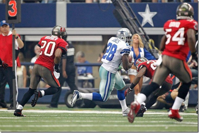 The Dallas Cowboys vs Tampa Bay Buccaneers at Cowboys Stadium 2012 - Felix Jones bounces back - The Boys Are Back blog
