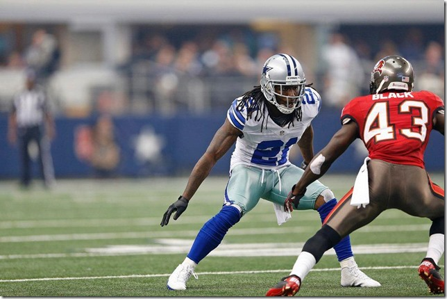 The Dallas Cowboys vs Tampa Bay Buccaneers at Cowboys Stadium 2012 - Mike Jenkins back in action - The Boys Are Back blog