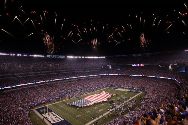 The National Anthem is performed before Dallas Cowboys vs. the New York Giants game - The Boys Are Back blog