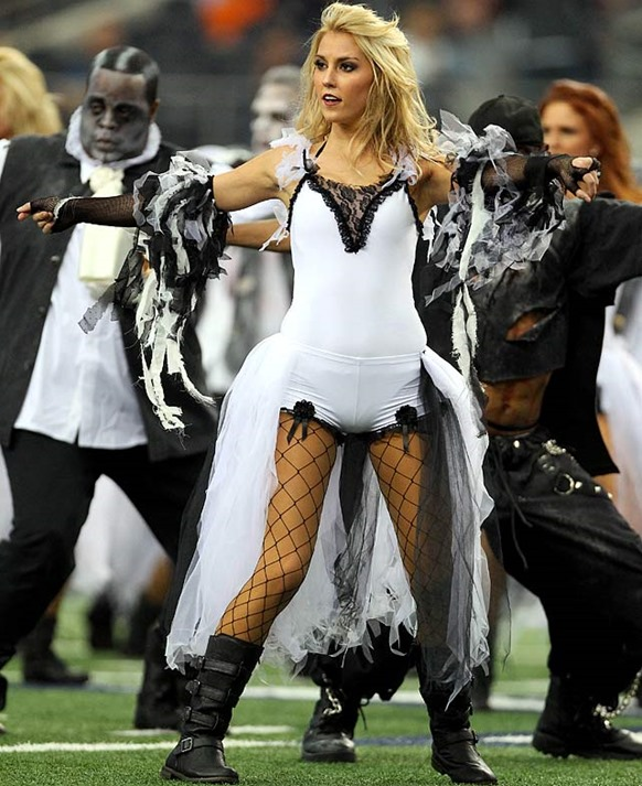 Happy Halloween - Dallas Cowboys Cheerleaders 3 - The Boys Are Back blog