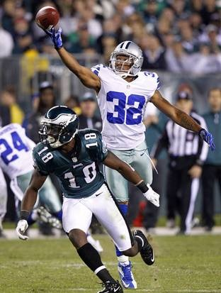 Dallas Cowboys cornerback Orlando Scandrick (32) gets a finger on a Nick Foles (9) pass - The Boys Are Back blog
