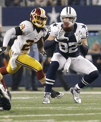 Dallas Cowboys tight end Jason Witten (82) catches a pass vs. Washington Redskins 2012 - The Boys Are Back blog