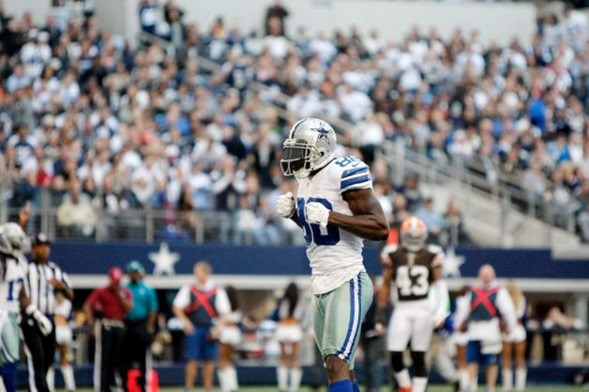 Dallas Cowboys wide receiver Dez Bryant (88) celebrates a catch vs Cleveland Browns 2012 - The Boys Are Back blog