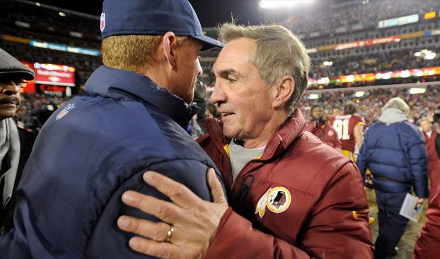 Dallas Cowboys coach Jason Garrett with Shanahan while Rob Ryan walks away after the Washington Redskins game