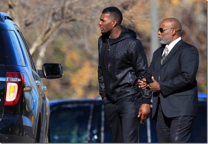 Dallas Cowboys' Dez Bryant arrives at memorial service for Jerry Brown - The Boys Are Back blog