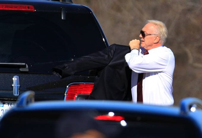 Dallas Cowboys football team owner Jerry Jones arrives at a memorial service for player Jerry Brown - The Boys Are Back blog