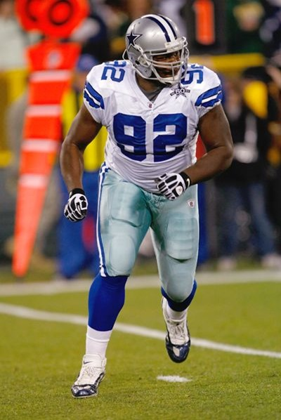 Dallas Cowboys NT Josh Brent is a rising star on the defense - The Boys Are Back blog