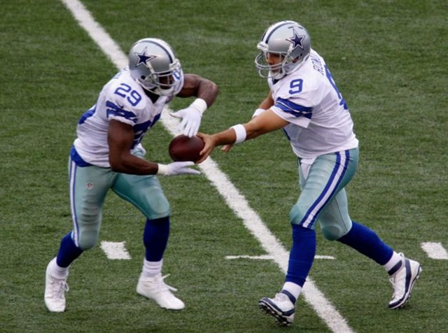 Dallas Cowboys quarterback Tony Romo (9) hands off to Dallas Cowboys running back DeMarco Murray - The Boys Are Back blog