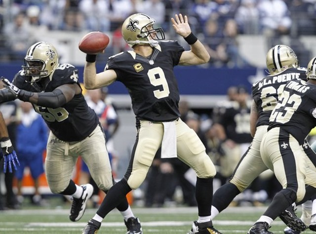 New Orleans Saints quarterback Drew Brees throws against the Dallas Cowboys - The Boys Are Back blog