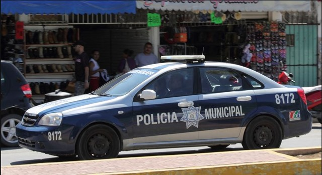 Policia Municipal - Mexico - The Great Robbini - The Boys Are Back blog