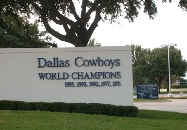 Dallas Cowboys Valley Ranch sign - The Boys Are Back blog