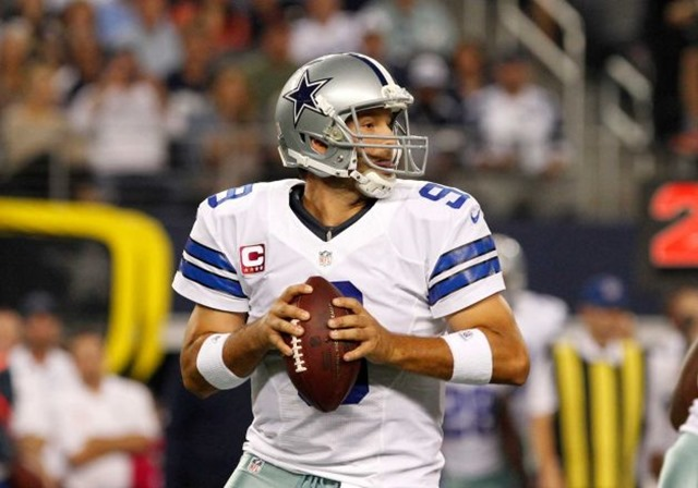 dallas cowboys qb tony romo prepares to pass - the boys are back blog