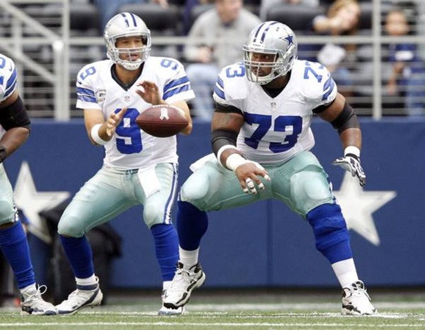 dallas cowboys quarterback tony romo (9) calls for the snap from dallas cowboys mackenzy bernadeau - the boys are back blog