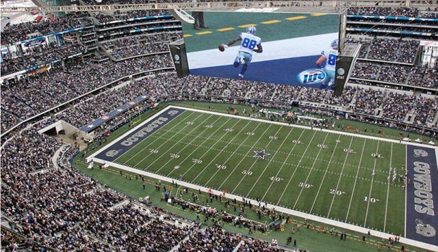 Dallas Cowboys WR Dez Bryant scores - The Boys Are Back blog 2013