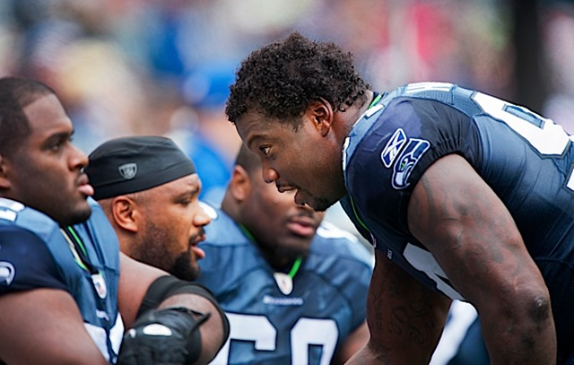 Anthony Hargrove talks strategy with his defensive teammates - The Boys Are Back blog 2013
