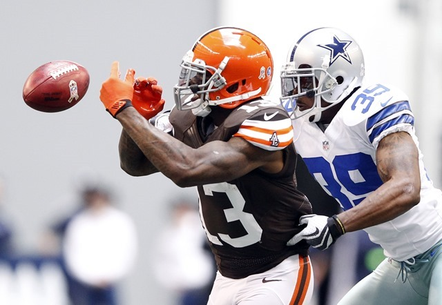 Dallas Cowboys cornerback Brandon Carr (39) breaks up a pass intended for Cleveland Browns wide receiver Josh Gordon - The Boys Are Back blog 2013