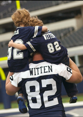 Famous Father - Dallas Cowboys tight end Jason Witten and his two sons, C.J and Cooper - Father's Day - The Boys Are Back blog