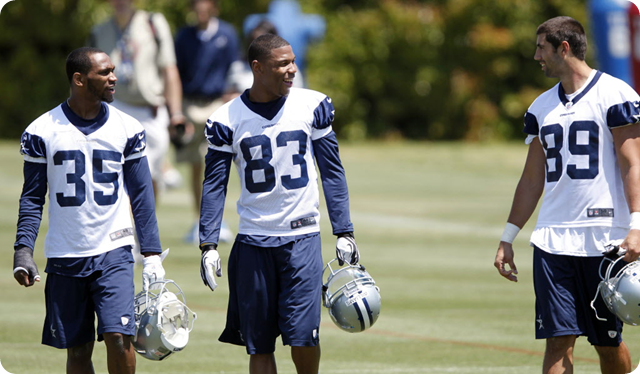 Dallas Cowboys Joseph Randle (35), Terrance Williams (83) with Gavin Escobar (89)
