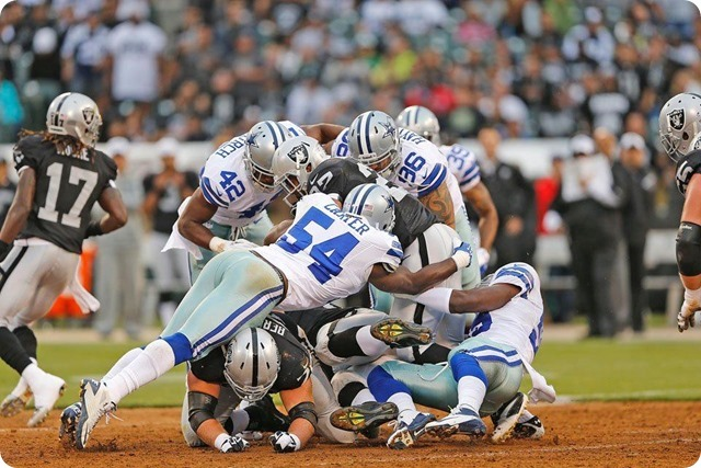 Dallas Cowboys Sean Lee Causes Fumble, Jason Hatcher Recovers for Texas 2 defense - The Boys Are Back blog 2013