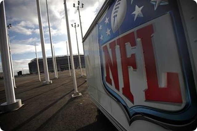 NFL CONCUSSION LAWSUIT - League, ex-players agree to $765M settlement