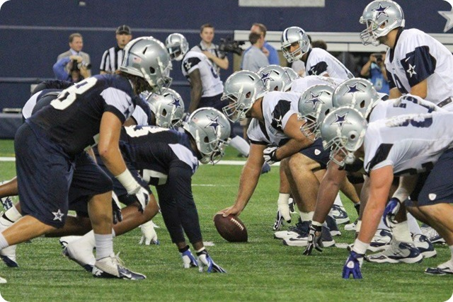 SILVER AND BLUE DEBUT - Dallas Cowboys take in AT&T Stadium aura at homecoming - Trenches