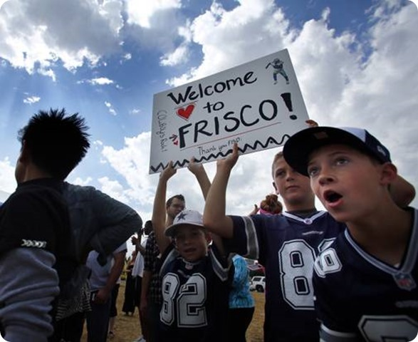 Young fans welcome the Dallas Cowboys to the team's future headquarters in Frisco - The Boys Are Back blog