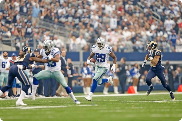 RAMMING THE ROCK - DeMarco Murray grinds out 175 yards against St. Louis Rams - 2013-2014 Dallas Cowboys schedule - Willams blocks for DeMarco