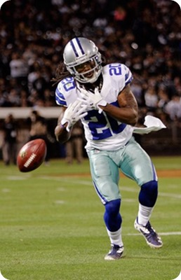 Dallas Cowboys rookie cornerback B.W. Webb fumbles punt - The Boys Are Back blog 2013