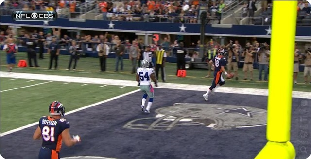 Manning TD - 9 - Manning TD bootleg run Dressen Carter and Manning in endzone