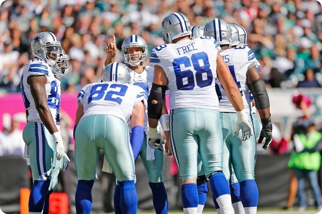 TEXAS 2 DEFENSE CLIPS EAGLES - Game 7 Recap–Dallas Cowboys perched atop NFC East division - Tony Romo leads team to 17-3 win