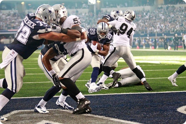 2013-2014 GAME 12 RECAP - Dallas Cowboys bounce Oakland Raiders with 31-24 win - Dallas Cowboys schedule 2013 2014 - Dallas Cowboys news - DeMarco Murray TD