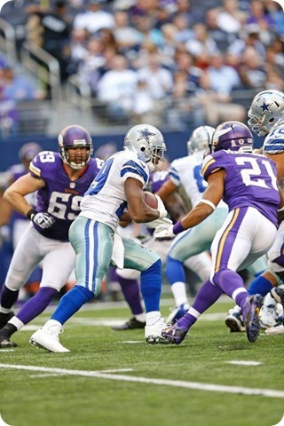 DALLAS COWBOYS FAN QUESTION - Why stop trying to run before you can even establish a run game - Callahan 2013-2014 Dallas Cowboys offense