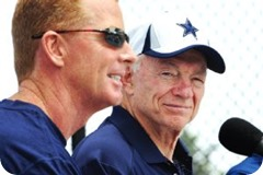 WE'RE TALKIN' TALENT - Why it's right to keep Jason Garrett as the Dallas Cowboys head coach - Jerry Jones and Jason Garrett - AP Photo Gus Ruelas