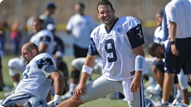 2014 OFFSEASON WORKOUTS BEGIN: Tony Romo celebrates birthday with a return to the practice field