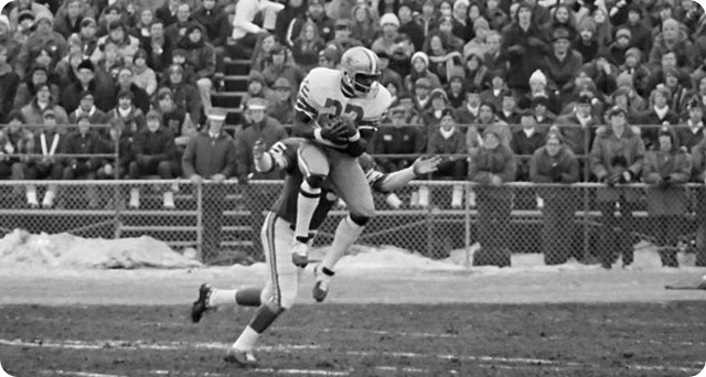 bob hayes' speed gave opposing cornerbacks fits and cowboys qb roger staubach an easy target down the field - the boys are back blog
