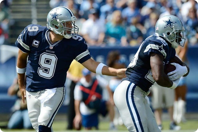 2014-2015 GAME 2 RECAP - Dallas vs. Tennessee - Tony Romo hands ball to DeMarco Murray